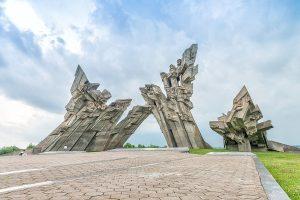 Riga to Vilnius tour